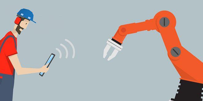 ربات ها جایگزین کارمندان در یک شرکت ژاپنی می شوند