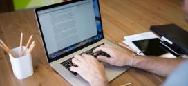 چگونه به کمک متن سئو شده، خوانندگان را در سایت به تعامل وا داریم؟